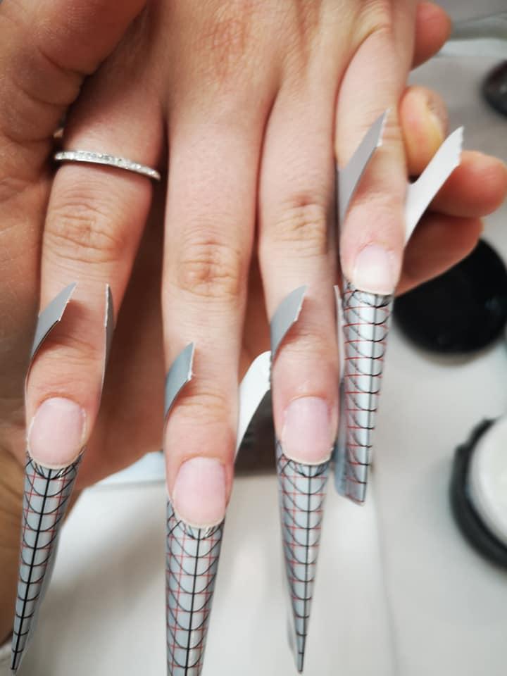 Allungamento gel unghie L'Aquila
